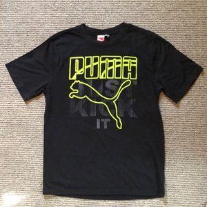 Puma Just Kick It T-shirt. Boys large.